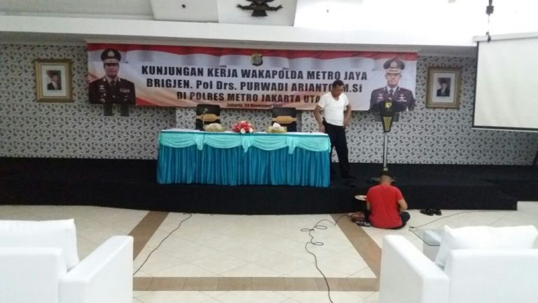 sofa di event polri